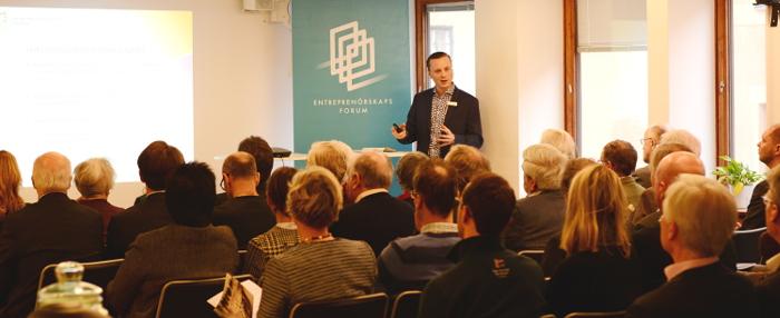 Johan P Larsson publik